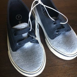 Cat and Jack New Toddler size 7